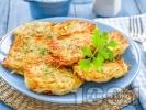 Рецепта Пържени картофени кюфтета от сварени картофи и тиквички панирани в яйца и галета (без лук)